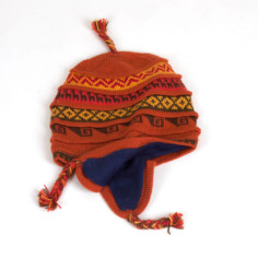 Ohrenklappenmütze aus Peru okker